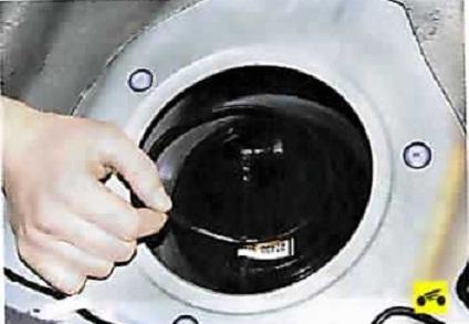 Замена топливного насоса альмера классик